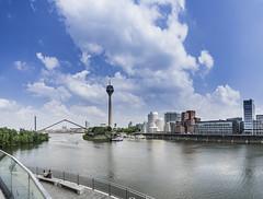 Düsseldorf (Iso_Star) Tags: düsseldorf skyline medienhafen rhein fernsehturm tower