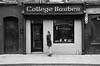 Barber (soyer_rodrigue) Tags: irlande irland dublin howth nikon d5100 barber noiretblanc bw blackandwhite blackwhite monochrome street people shop college