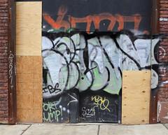 (AndyM.) Tags: canon 6d 50mm asheville northcarolina graffiti wall color