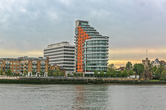 Twilight in Putney (PhredKH) Tags: canonphotography fredkh photosbyphredkh phredkh splendid putney london cityoflondon cityscape building architecture twilight goldenhour sky water scenic picturesque river riverthames thamesriver refections buildings outdoorphotography 2470mm ef2470mmf4lisusm canoneos5dmarkiii