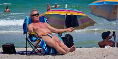 Fort Lauderdale Beach (LarryJay99 ) Tags: 2018 beach streets people ftlauderdale ocean atlanticocean shirtless peekingpits peekingnipples belly bellybutton legs barfuss barefoot feet soles toes headtotoe sunglasses sunning men male man guy guys dude dudes manly virile studly stud masculine sexyman bulge bulges bulging navel