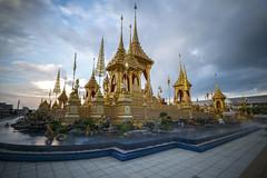 Royal Crematorium (fredMin) Tags: bangkok thailand royal king architecture temple travel asia buddhism buddha fujifilm xt1 golden pagoda