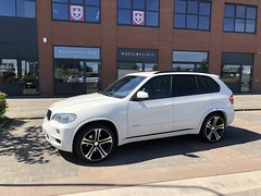 wheelclinic bmw x5 (PREMIER EDITION LONDON) Tags: premieredition wheelclinic bmwx5 x5 bmw suv 4x4 luxurycars tuning germanwhip premierditioncs5 wheels 22inch borninlondon autocoutureredefined
