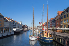 Boats (samiKoo) Tags: nyhavn copenhagen denmark water canal reflection reflections buildings building blue sky pier waterfront sunlight morning sunrise ships vessels transportation city cityview cityscene urban town travel architecture view attraction canon 6d photo photography photograph street