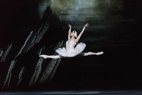 The Royal Ballet's <em>Swan Lake</em> to be broadcast on BBC Four on Christmas Day 2018