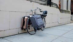 A little baggage (Shu-Sin) Tags: luggage velo bike bicycle front load carry bags miyata koga brooklyn