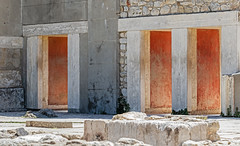Knossos Palace Ruins (PhredKH) Tags: 70200mm abandoned ancientruins building canoneos7dmkii canonphotography crete ef70200mmf28lisiiusm fredknoxhooke fredkh greece greekisland islandofcrete knossos knossospalaceruins photosbyphredkh phredkh splendid travelphotography traveltocrete traveltogreece