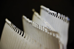 Jagged paper (Jose Rahona) Tags: papel paper dentado jagged luz light macro macromondays
