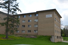 Tutt Hall (UWW University Housing) Tags: uwwhitewater residencehalls uwwhousing halls wellstowers wellershall knilanshall goodhuehall building tutthall uww references