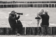 photographer's vacation (dziurek) Tags: d750 nikon dziurek dziurman pdziurman fx photographer photo shot picture holiday sea family baby kid child closeup monochrome blackwhite vacation