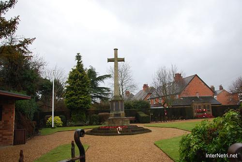 Стретфорд-на-Ейвоні Могила Шекспіра InterNetri Велика Британія 2011 067