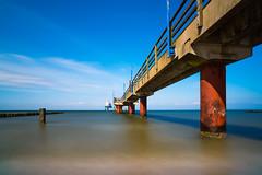 Zingst Pier - Zingst, Mecklenburg-Vorpommern (dejott1708) Tags: zingst mecklenburgvorpommern noon coast baltic sea diving gondola seebrücke ostsee lzb long exposure architecture