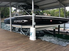 6600 UL2, 24 SSV Supra on a HydroHoist Boat Lift