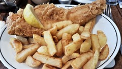 "Fish & Chips. ""The Magpie"", Whitby. (ManOfYorkshire) Tags: fishchips fishnchips fish cod chips whitby restaurant yorkshire coast eastcoast northyorkshire meal lunch luncheon batter potatoes fresh fried lemon lemonslice themagpie"