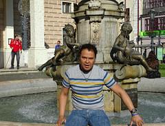 Bratislava '18 (faun070) Tags: bratislava ganymedesfountain faun070 dutchguy tourist