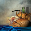 Tea or wine? (jaci XIII) Tags: chaleira garrafa chá vinho pão naturezamorta kettle bottle tea wine stilllife