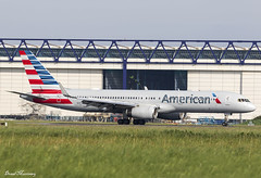 American Airlines 757-200 N187AN (birrlad) Tags: shannon snn international airport ireland aircraft aviation airplane airplanes airline airliner airlines airways boeing b757 b752 757 757200 757223 n17an aa american philadelphia aa88 arrival arriving landing landed taxi taxiway n187an