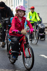 #POP2018  (122 of 230) (Philip Gillespie) Tags: pedal parliament pop pop18 pop2018 scotland edinburgh rally demonstration protest safer cycling canon 5dsr men women man woman kids children boys girls cycles bikes trikes fun feet hands heads swimming water wet urban colour red green yellow blue purple sun sky park clouds rain sunny high visibility wheels spokes police happy waving smiling road street helmets safety splash dogs people crowd group nature outdoors outside banners pool pond lake grass trees talking bike building sport