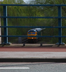 A Gap In The Traffic.... (marcus.45111) Tags: a57road 47727 class47 caledonianrailway duff exbritishrail train railway diesel flickr flickruk alternativerailwayphotography canondslr canon5dmk11 2018 0s20