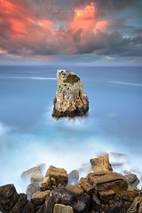 S O L I T A R Y (FredConcha) Tags: rock solitary loneliness berlengas landscape nature sunset clouds fredconcha portugal peniche nikon d800 1635