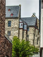 Blick zum Schloss (juvhadamar) Tags: limburganderlahn limburgweilburg hessen schloss chateau altstadt vieux