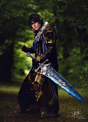 Fotocon 2017: Rose & Prince Cosplay as Aymeric de Borel from Final Fantasy XIV, by SpirosK photography (SpirosK photography) Tags: aymericdeborel finalfantasy finalfantasyseries finalfantasyxiv cosplay finalfantasycosplay fotocon fotoconbytechland fotocon2017 fotoconbytechland2017 portrait game videogamecharacter videogame blue sword ff14 ffxiv finalfantasy14