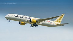 GULF AIR DREAMLINER B787-9 (lavierphilippephotographie) Tags: dreamliner b787 b789 airplane boeing aircraft cdg airline roissy airliner gulfair plane longhaul