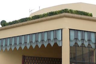 Quel est ce lieu? L'entrée de l'Atrium Casino de Dax côté brasserie.