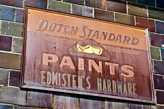 Edmisten's Hardware, Williamsburg, OH (Robby Virus) Tags: williamsburg ohio oh edmistens hardware dutch standard paints rust rusty sign metal signage