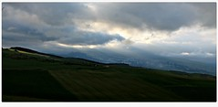 Navarra (Gurutx) Tags: nafarroa navarra europe europa skyblue sky cielo campo valle