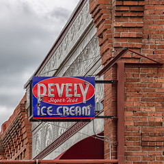 High Mileage Ice Cream (D E Pabst Photography) Tags: antique garfieldcounty icecream sign neon washington pomeroy
