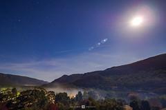 Halls Gap Night (Joel Bramley) Tags: night stars astro long exposure fog smoke mountains grampians victoria australia lensflare valley