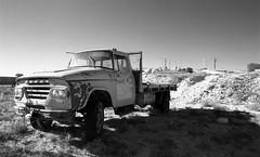 1342 (The Dent.) Tags: kodakhawkeyesurveillancefilm south australia coober pedy tmx dev 19 10 mins 2485 analogphotography nikon f100 24mm red filter desert outback wreckage