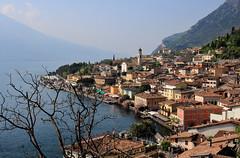 Limone sul Garda (Gabi Wi) Tags: italy lagodigarda limonesulgarda springtime