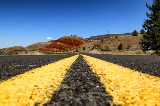 On the road to Painted Hills