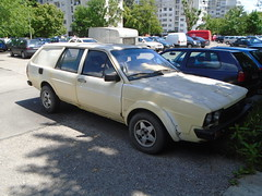 1985 Volkswagen Passat Van (Alpus) Tags: volkswagen passat rare car van bulgaria sofia may 2017