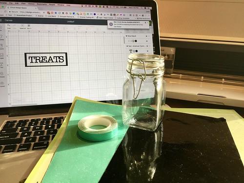 materials for treat jar