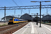 Amsterdam Centraal (gooey_lewy) Tags: netherlands holland rail electric europe amsterdam central station nederlandse spoorwegen centraal ns train track capital through 1889 international hour class 186 bombardier bobo locomotive toof arch roof 115
