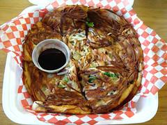 Seafood Pancake at Morak (knightbefore_99) Tags: morak seafood korea korean asian lunch work food takeout takeaway haemul pajeon pancake tasty best soy sauce great