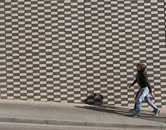 Barcelona, Catalonia Espania (elavats) Tags: barcelona spain catalonia parcdelcarmel catalon fineart architecture lasalut gràciadistrict antonigaudí geometry grid couple shapes shadow patterns composition catalunya panasonicdmclx100