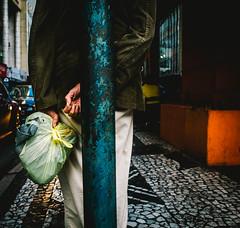 Babilonia CWB (artestencivax20) Tags: artestenciva street streetphotography curitiba cwb cotidianos central color coby ricoh ricohgr digital photography people