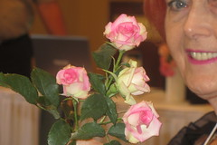 """Beautiful roses and Alice Harrold • <a style=""""font-size:0.8em;"""" href=""""http://www.flickr.com/photos/146671725@N06/40327673500/"""" target=""""_blank"""">View on Flickr</a>"""