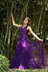 Otilia - 4/5 (Pogdorica) Tags: modelo sesion retrato posado chica vestido morado aranjuez jardines oti otilia