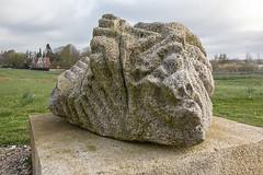 Stenskulptur opstillet i Søparken, Klejtrup 02 (Walter Johannesen) Tags: stenskulptur søparken klejtrup sten kunst
