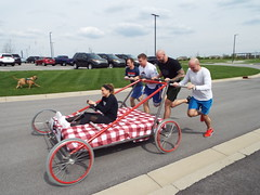 Bed Race (EX22218 - ON/OFF) Tags: races bed thorntons louisville kentucky