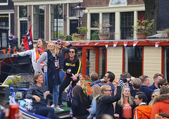 Wild thing (B℮n) Tags: party boat girls boys fun dancing dance koningsdag kingsday street festival water prinsengracht orange oranje holiday willem alexander maxima amsterdam holland netherlands celebration jordaan kingdom dutch straat feest market trendy crowded free canals people floating beer amstel heineken feestdag mokum grachtengordel panden carnaval gezellig national king singing music muziek dansmuziek swing colors smoke kiss kissing kday kdag outdoor crowd 27april oranjegekte wild thing 50faves topf50