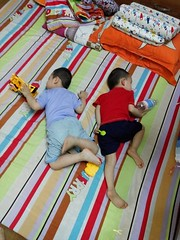 0415 (ruoi_men) Tags: cousin family love funny childhood children ak ankhanh benho brothers
