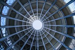 Roboter Eye (CoolMcFlash) Tags: symmetry architecture lines geometry park deck vienna modern futuristic fujifilm xt2 fisheye samyang 82 8 parkhaus symmetrie symmetrisch architektur building linien geometrie wien futuristisch fischauge wideangle weitwinkel fotografie photography center circle kreis 8mm