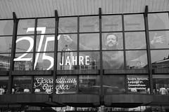Concert Hall Gewandhaus, Leipzig (herbert@plagge) Tags: rchitektur gebäude glasfassade gewandhaus konzerthalle leipzig stadt deutschland concerthall architecture glassfront city germany blackandwhite