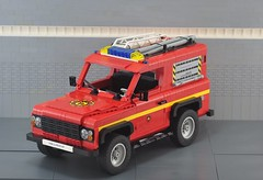 Land rover defender  rescue (Gilcélio) Tags: lego land rover gilcélio legogil red car carro resgate rescue ice snow